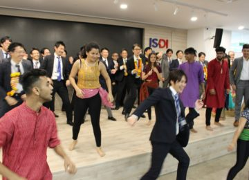 Bollywood dance session with Indian students