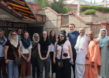 A session on 'Hindu Philosophy & Bhakti Yoga' by Shri. Rishi Kumar Prabhuji at ISKCON, Delhi